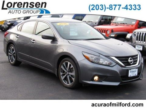 Pre-Owned 2016 Nissan Altima 4dr Sdn I4 2.5 SR