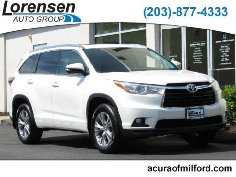 Pre-Owned 2015 Toyota Highlander AWD 4dr V6 XLE